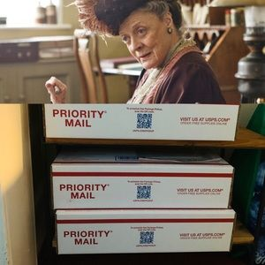 Assurances: packages ready for the post